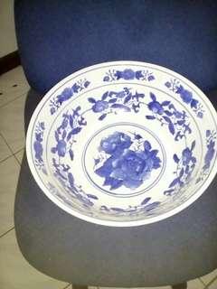 Keramik tempat serbaguna