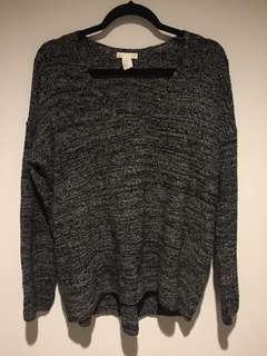 V-Neck Sweater (M)