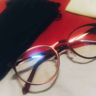 Eye Glass - Reddish