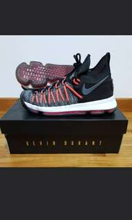 KD9 Basketball Shoes