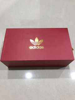 Adidas 2018 Limited Edition Red Packets / Ang Pow