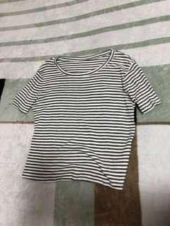 🚚 條紋短袖上衣