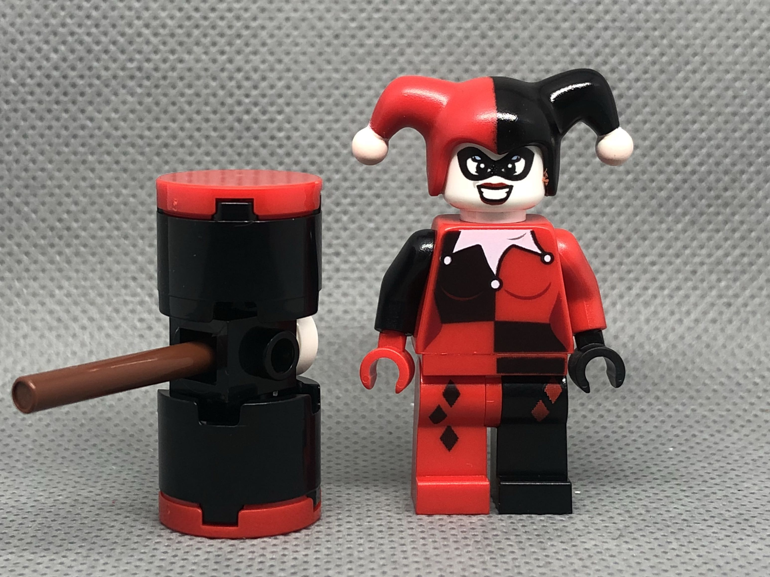 Genuine Minifig frm Set 6857 Harley Quinn LEGO Minifigure