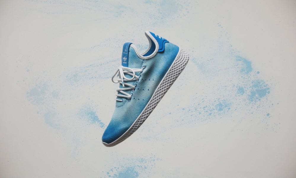 0a1f14a92a64c Adidas x Pharrell Williams Tennis HU Holi Adicolor - Blue  DA9618 ...