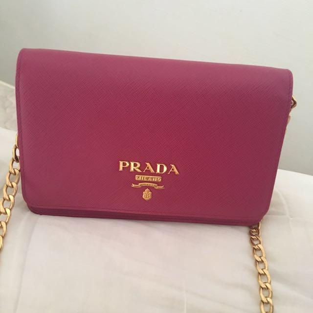 e81ae9f52bb7 Authentic Prada chain on wallet