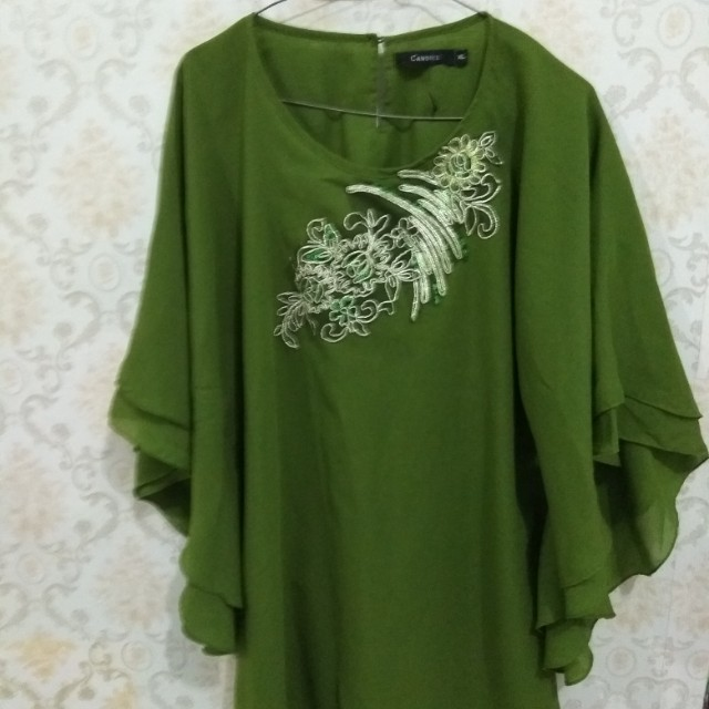 Blouse free hand