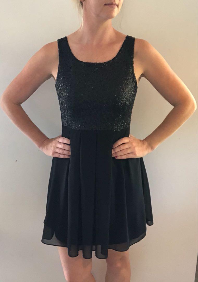Gorgeous black sequin dress