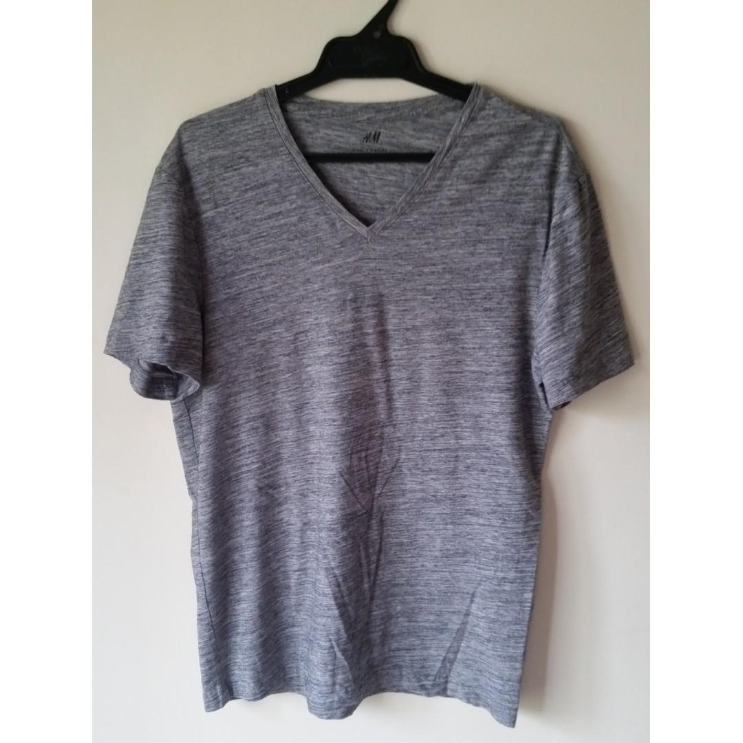 H&M grey t-shirt