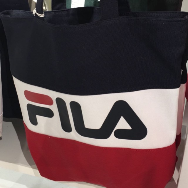 248a11395ed  PO  Fila korea Authentic tri colour tote bag, Entertainment, K-Wave on  Carousell