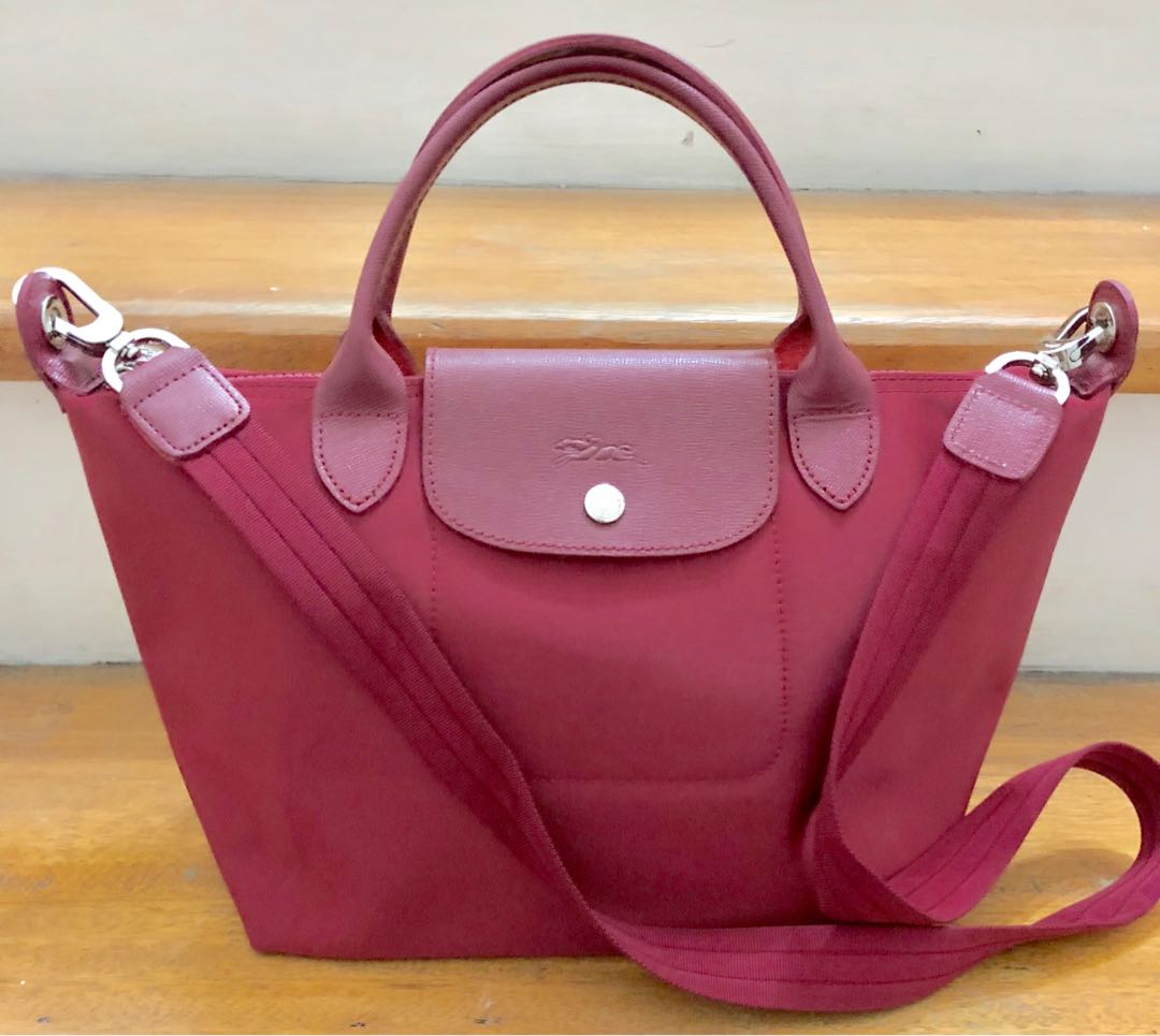 Longchamp Le Pliage Neo Small short handle - MAROON, Women's Fashion, Bags & Wallets on Carousell