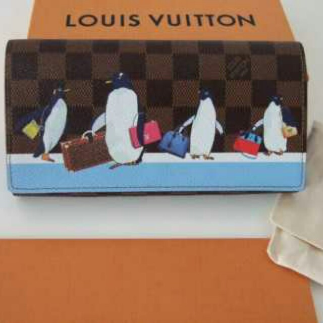 Louis Vuitton Sarah Pinguin wallet