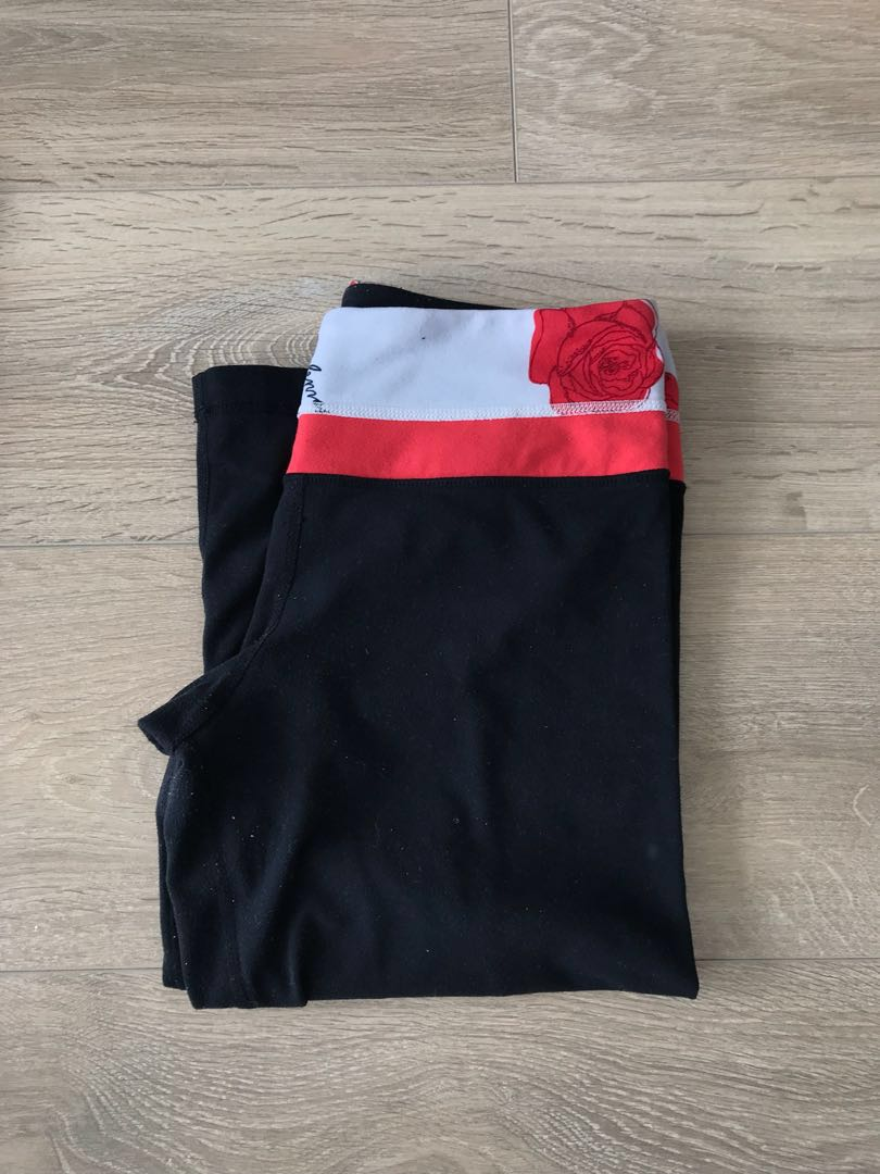 Lululemon Reversible Capri Pants Size 4