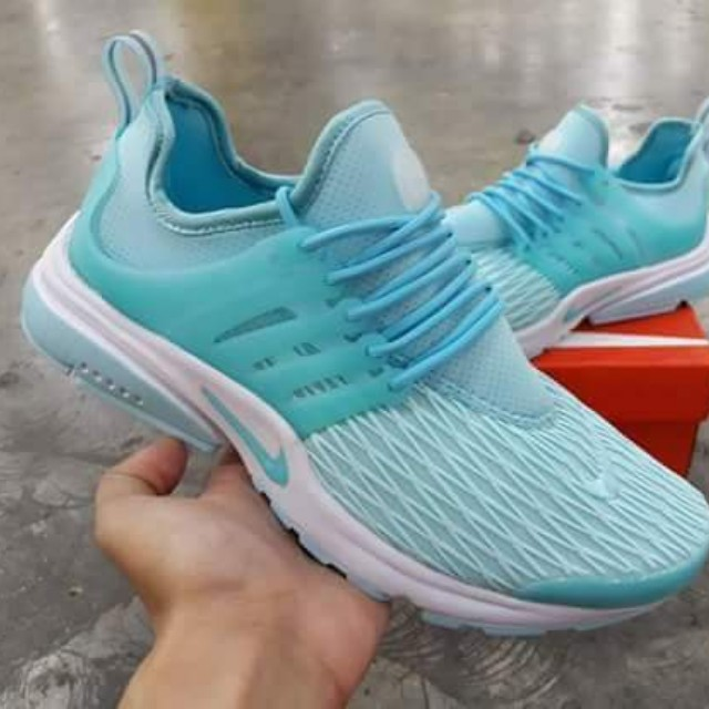 5c8a72b2f8 ... coupon for nike air presto preloved womens fashion shoes on carousell  1a331 42b57