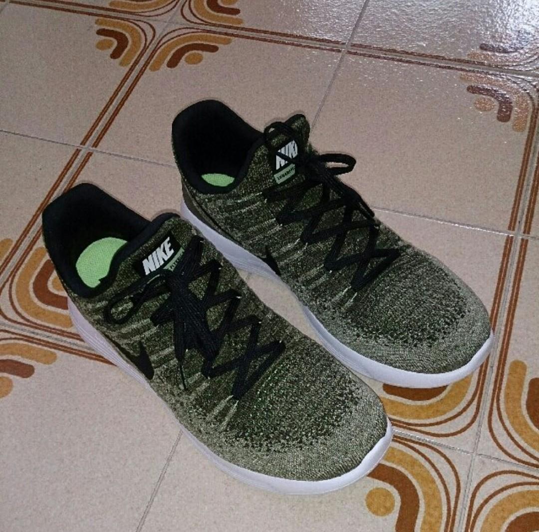 huge discount 3a675 6fa6a Nike Lunarepic 2 Low Flyknit (Dirty Green), Men s Fashion, Footwear ...