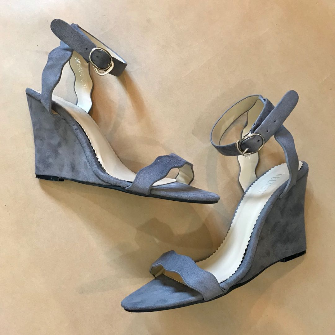 5a7bf5b0926 Sexy Scalloped Ankle Strap Wedge Heel Sandals