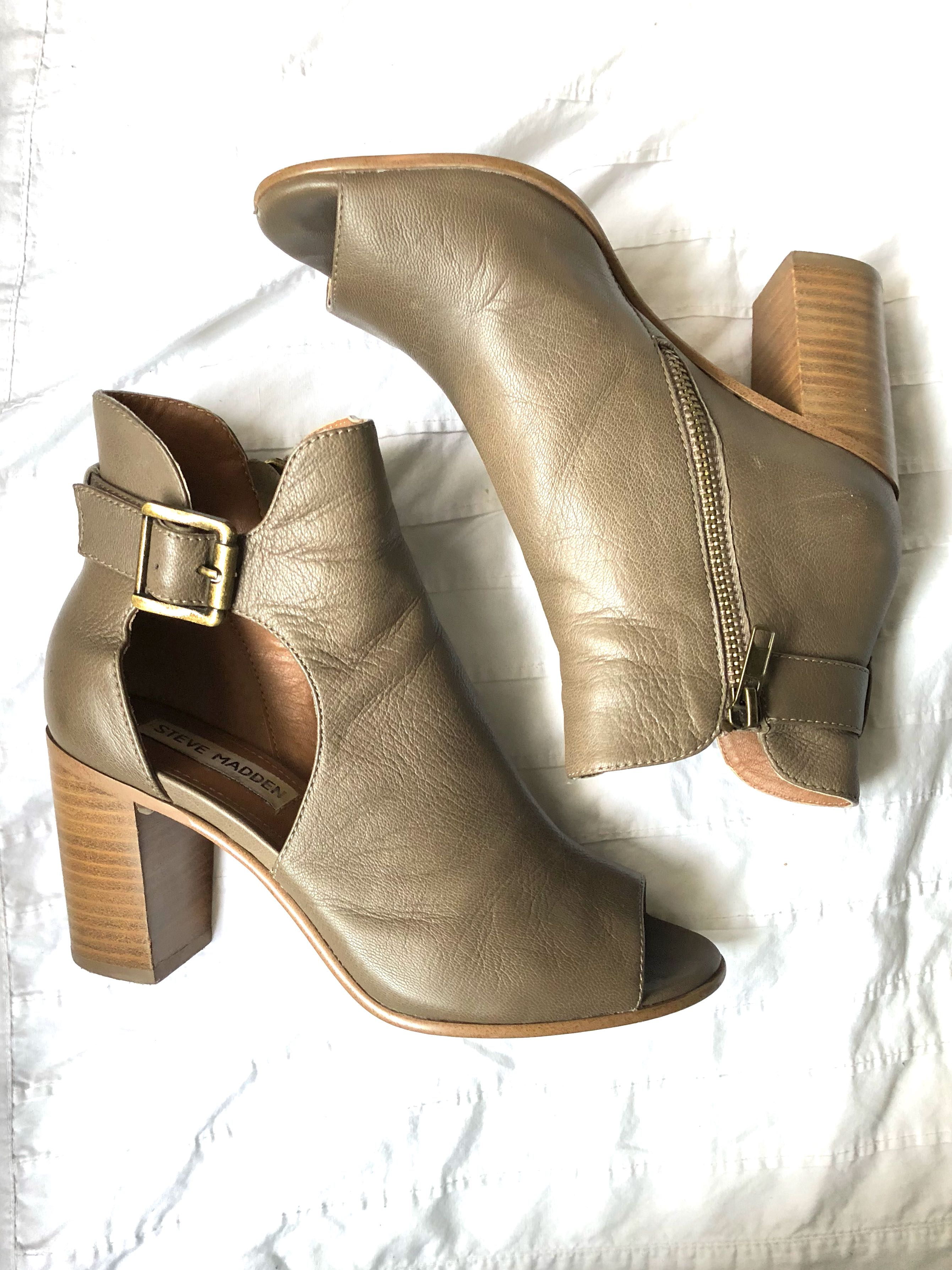Steve Madden heels - taupe leather 5.5