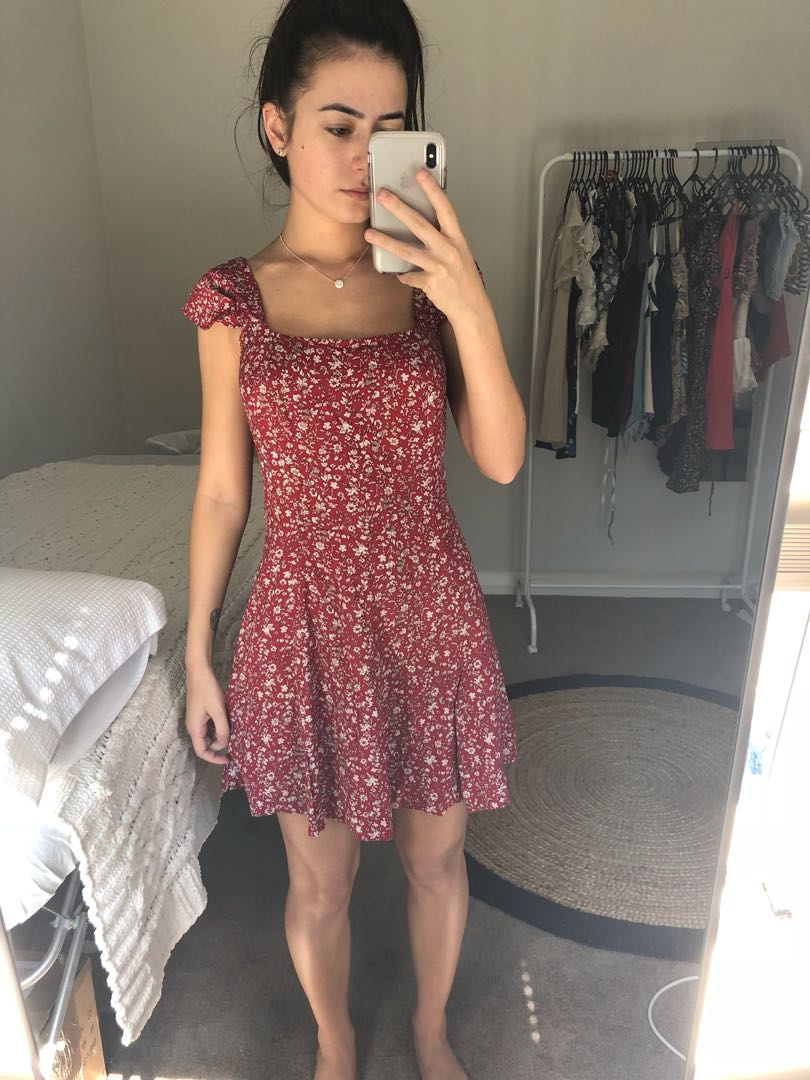 XS/6 Dress- Red/ Floral Patter