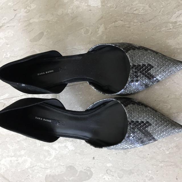 be346e7964c Zara Grey snake skin leather pump heels