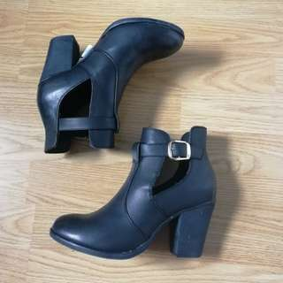 Black booties | Madden Girl | Brand new