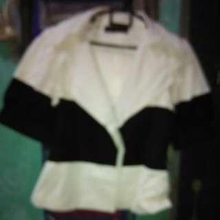 Blezer Lengan Pendek Zara