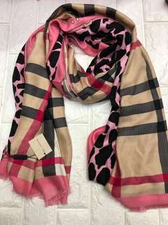 Burberry Scarf Authentic Quality