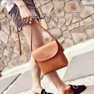 韓朝棕色斜孭袋
