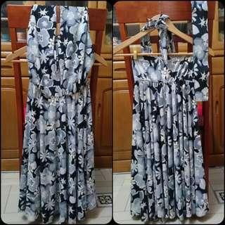 Hawaiian / floral dress
