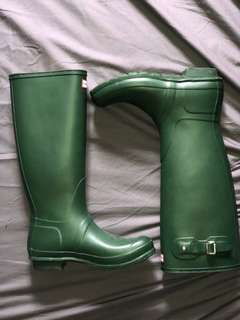 Size 10 Dark Green Hunter Boots