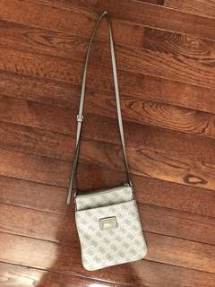 Guess side crossbody bag