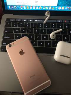 iPhone 6s Rose Gold 32 GB *MINT CONDITION*