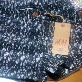 H&M shorts for women