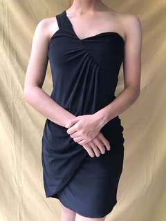 Karimadon Black One Shoulder Dress