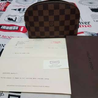 Pouch lv