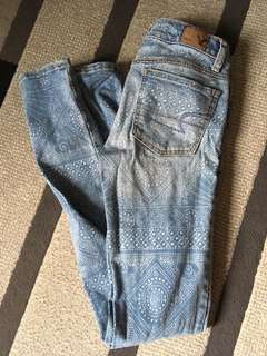 Need these jeans in a bigger size!!