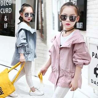 2018 spring new tide female big children street fashion hooded short coat fake two windbreaker