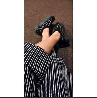 Korean Black Shoes - size 39