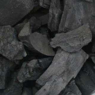 Arang kayu areng kayu untuk bakaran sate dll