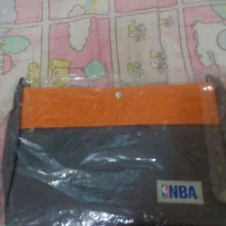 🚚 NBA手提側背兩用包