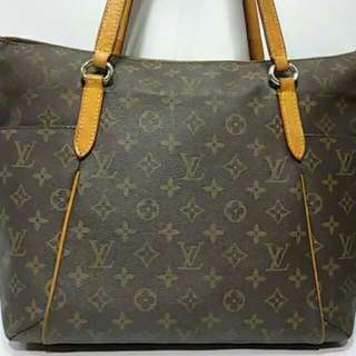 SUPERSALE!!! Louis Vuitton LV Totally