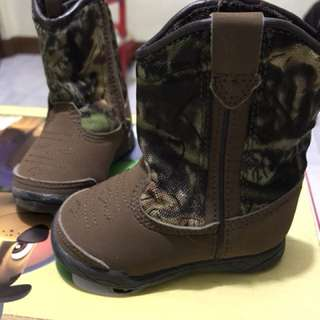 winter shoes/boots