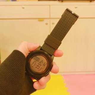 全新。✨電子手錶✨