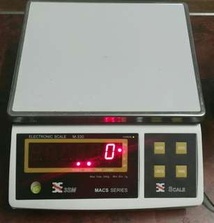 Electronic Weighing Scale (30kg)