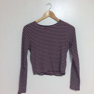 Hollister burgundy and white ribbed crop top