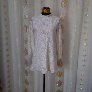SoSo lace dress