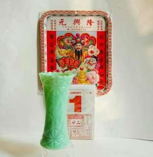 懷舊花瓶 :(高19.5cm) 收藏品