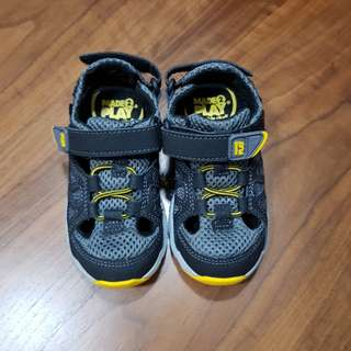 Stride Rite Made2Play Scout Sandal
