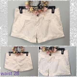 preloved white shorts
