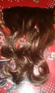 Hairclip curly brown