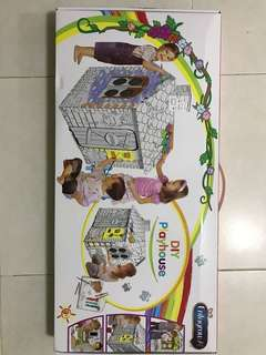 BNIB fun painting house 3 sets available