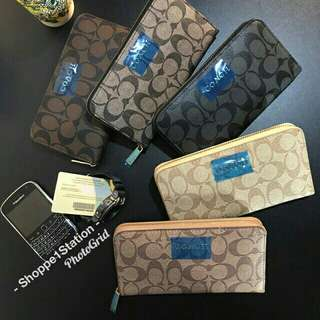Coach wallet (replica) with box,dustbag and authentic care card